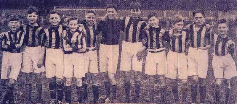 1933-Soccer-XI-1933-34