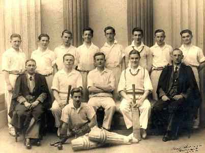 1938-Cricket-First-XI