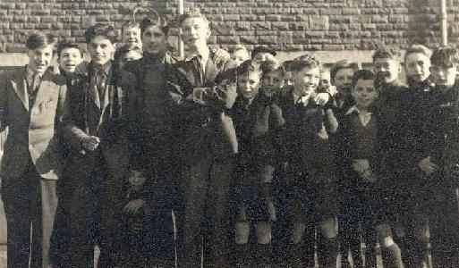 1948-Graham-Davies-and-friends