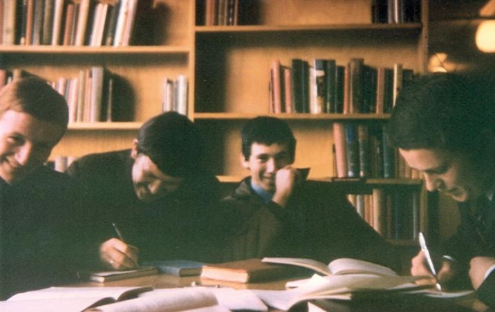 1961-team-Library-1968-Sam-Bassett-officiating