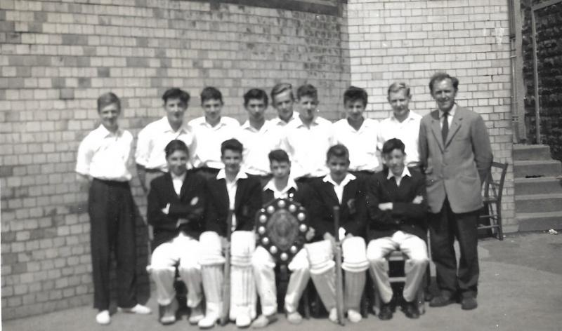 Intermediate-Cricket-XI-c-1962