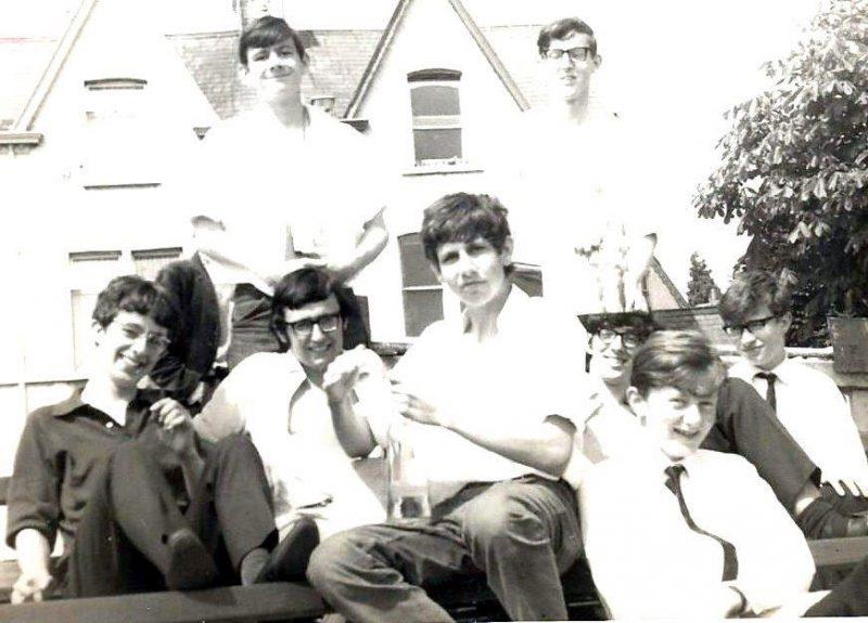 1970-Staff-vs-Pupils