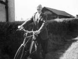 27.-1965-Mr-Burgess-Budgie